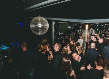 Singles párty, ktorá odstraňuje negatívne pocity zo samoty