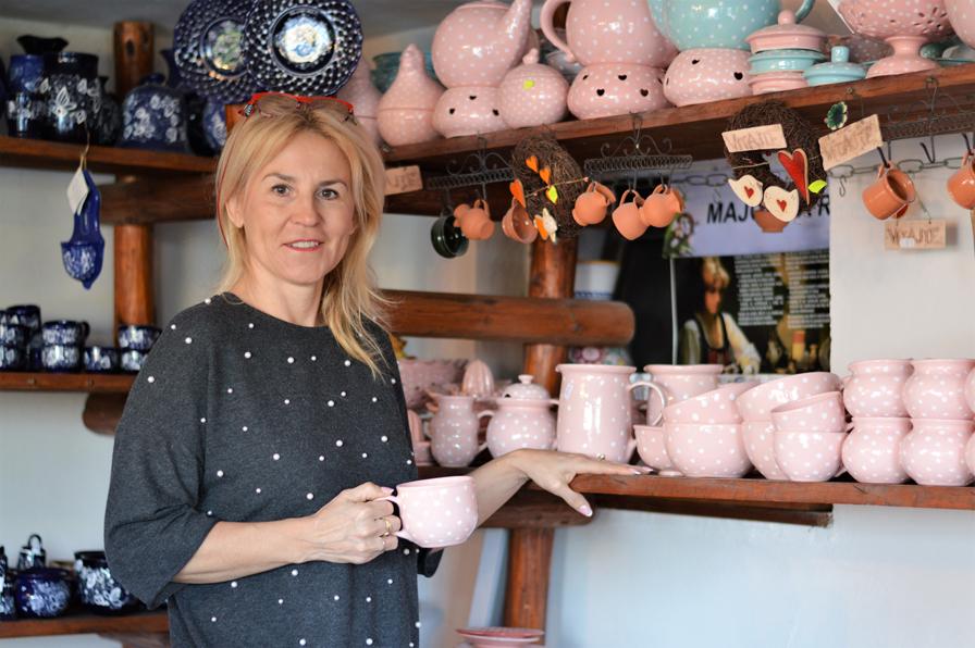 majolika-dobra-firma-zaplotom-tradicie-keramika
